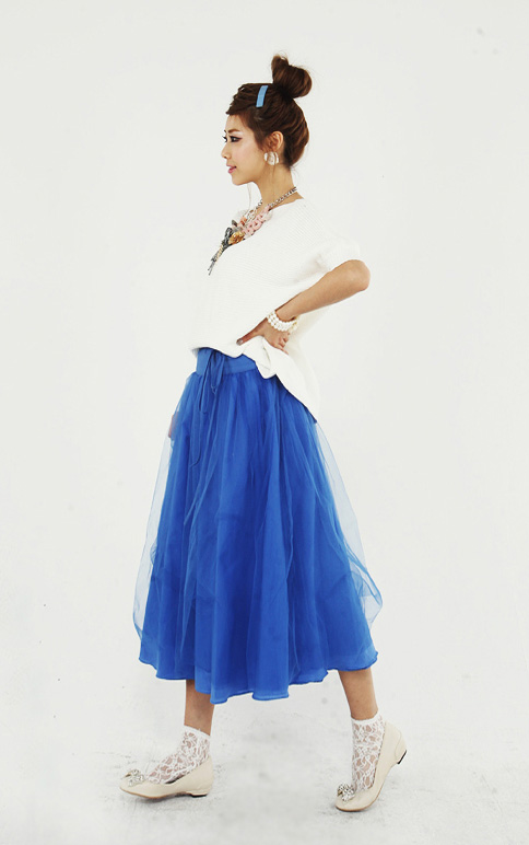 'Mix' áo cho chân váy dài duyên dáng - 4