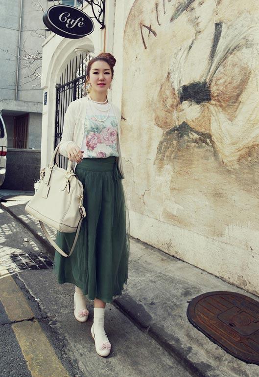 'Mix' áo cho chân váy dài duyên dáng - 5