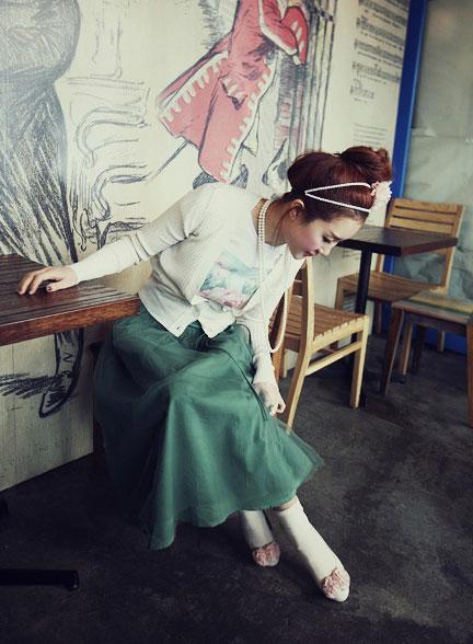 'Mix' áo cho chân váy dài duyên dáng - 8