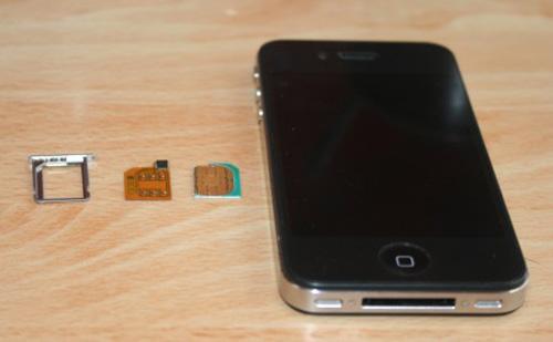 Mở khóa iPhone 4 chỉ trong 3 phút ở Hà Nội - 3