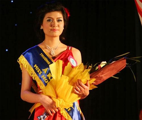 Em gái Công Vinh trở thành Hoa khôi Đại học Văn hóa mở rộng - 4