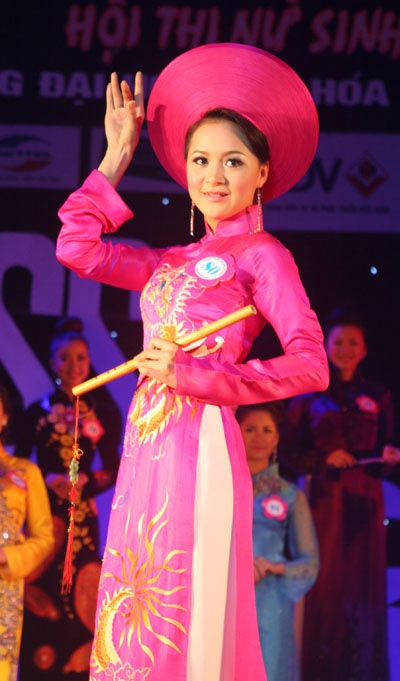 Em gái Công Vinh trở thành Hoa khôi Đại học Văn hóa mở rộng - 16