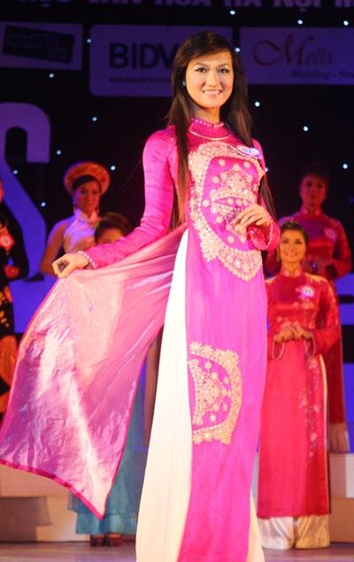 Em gái Công Vinh trở thành Hoa khôi Đại học Văn hóa mở rộng - 18
