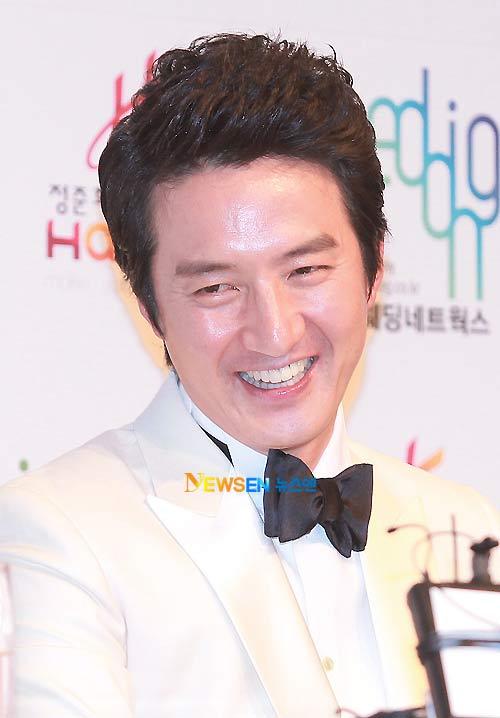 Toàn cảnh đám cưới của Jung Joon Ho - 6