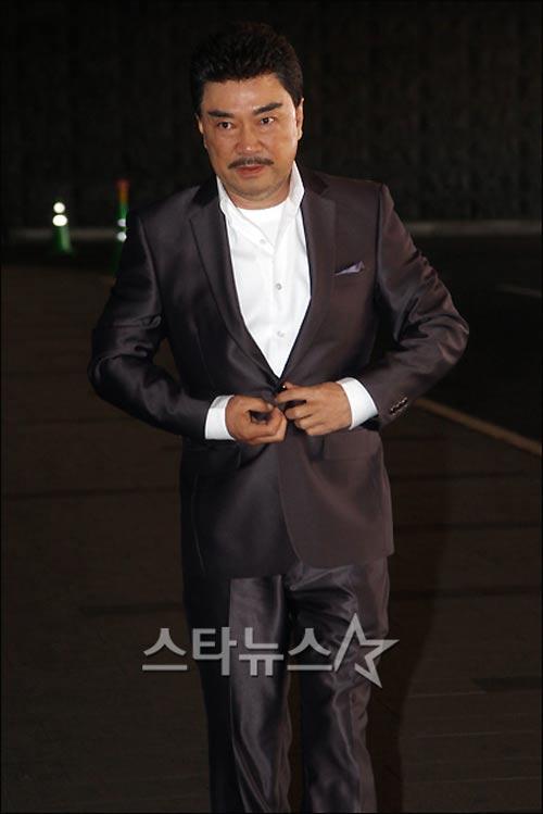 Toàn cảnh đám cưới của Jung Joon Ho - 12