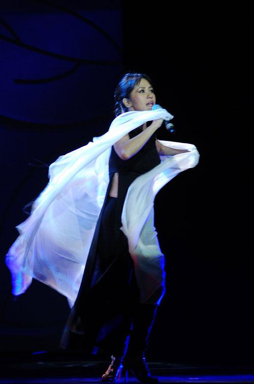 Đức Tuấn đầy ngẫu hứng trong đêm nhạc Trịnh - 3