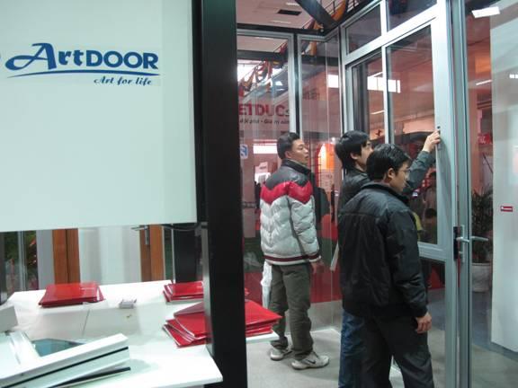 Tập đoàn Công nghiệp Thiên Phú tham gia triển lãm quốc tế Vietbuild Hà Nội 2011 - 4