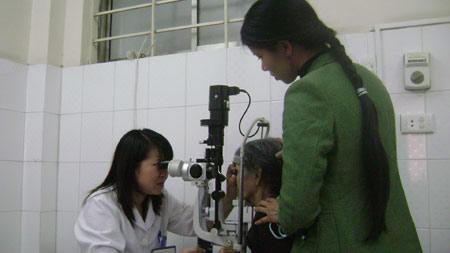 Nguy cơ biến chứng vì bệnh đau mắt đỏ - 1
