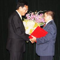 Thứ trưởng Bộ Giáo dục nhận thêm chức vụ mới