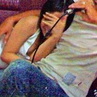 Karaoke ôm: Từ gái ôm thành gái gọi