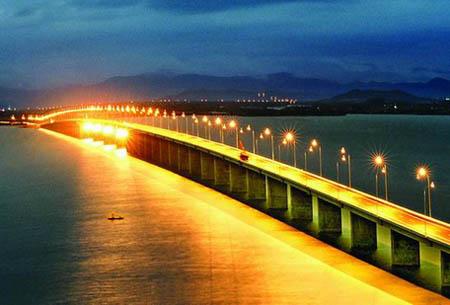 10 cây cầu 'đẹp và lạ' nhất Việt Nam - 1