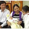 Gia đình bé bị bắt cóc: Chưa tết đã vui