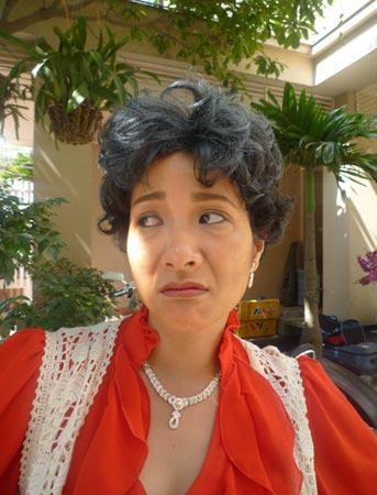 Xem Xuân Hinh giả gái trong hài tết 2012 - 3