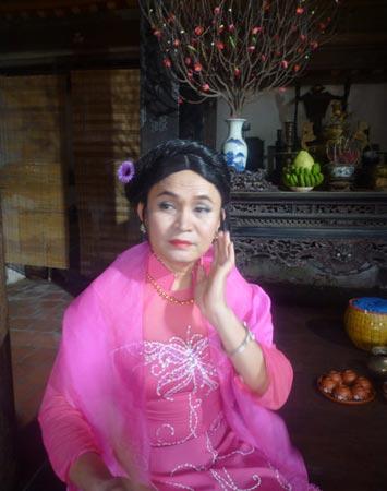 Xem Xuân Hinh giả gái trong hài tết 2012 - 5
