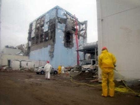 Nhật: Lại rò rỉ nước phóng xạ - 1