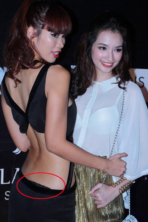 Ngọc Trinh lộ miếng dán ngực silicon - 8