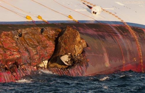 """Chùm ảnh tàu """"Titanic"""" lật nghiêng trên biển - 11"""