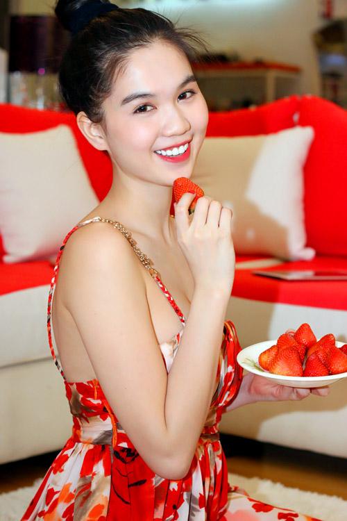 Ngày Tết của hoa hậu Ngọc Trinh - 7
