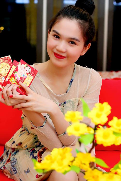 Ngày Tết của hoa hậu Ngọc Trinh - 5