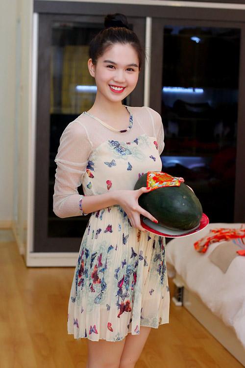 Ngày Tết của hoa hậu Ngọc Trinh - 2