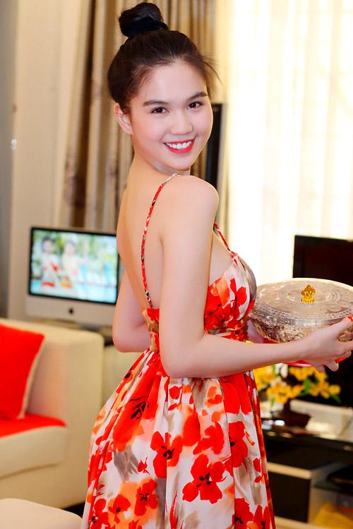 Ngày Tết của hoa hậu Ngọc Trinh - 8