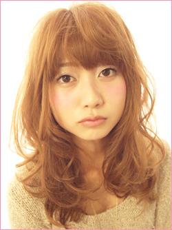 Những mẫu tóc mới của năm 2012 - 5