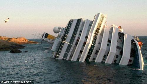 Chuyện tình Titanic 2012 như trong phim - 1