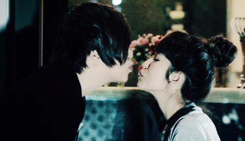 """WanBi tiếc vì """"hôn hụt"""" bạn gái Hàn Quốc - 4"""