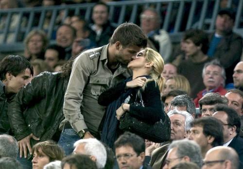 Pique&Shakira lộ clip sex? - 1