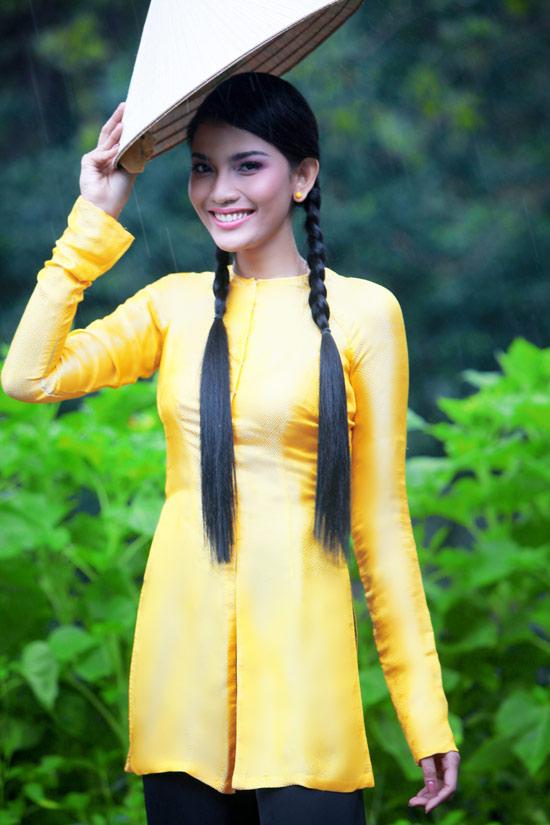 Trương Thị May hiền hòa với áo bà ba - 1