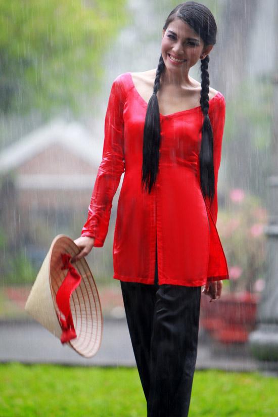 Trương Thị May hiền hòa với áo bà ba - 9