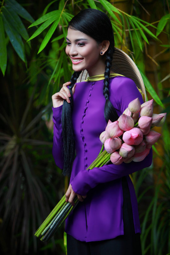 Trương Thị May hiền hòa với áo bà ba - 7