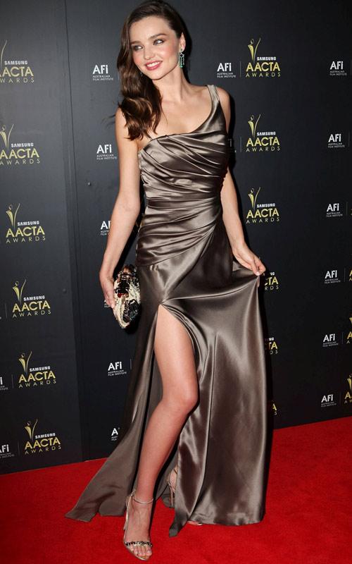 """Miranda Kerr bị lộ vị trí """"nhạy cảm"""" - 7"""