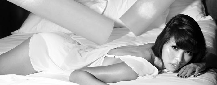 """Hà Anh """"hot"""" với váy ngủ mỏng manh - 14"""