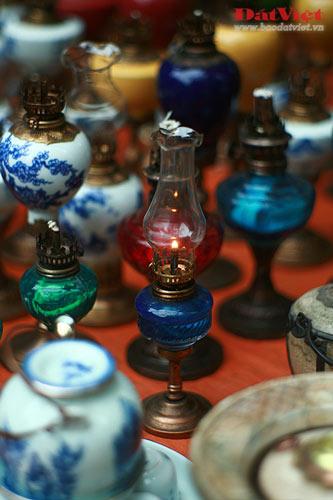 Dân chơi lùng sục đèn dầu cổ - 3