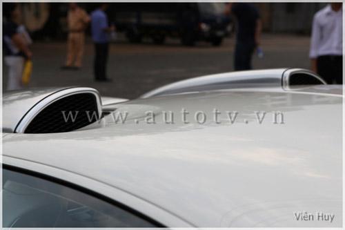 """""""Choáng"""" siêu xe Bugatti Veyron về Việt Nam - 14"""