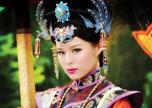 Hồ Hạnh Nhi nham hiểm chốn hậu cung - 3