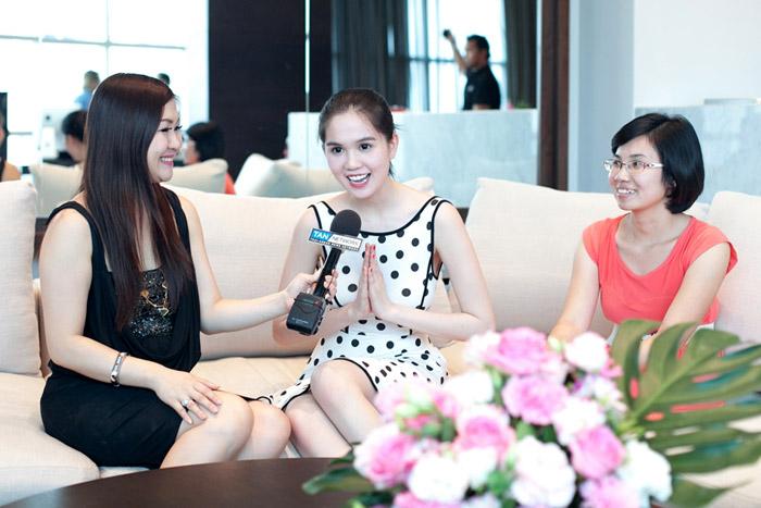 """Ngọc Trinh """"hot"""" tại Thái Lan - 6"""