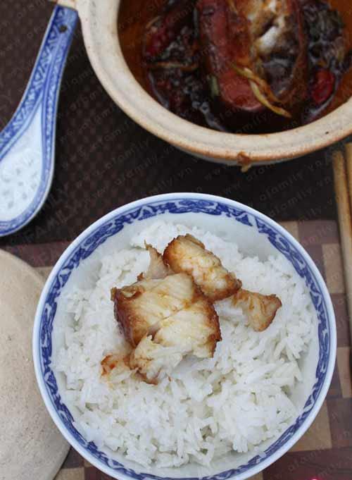 Bữa cơm ngon hơn với cá basa kho tộ - 9