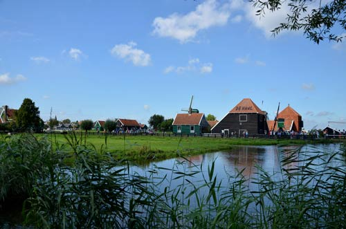 Cận cảnh làng cối xay gió Zaanse Schans ở Hà Lan - 6