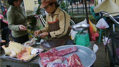 Giá thịt gà tăng mạnh vì cúm gia cầm - 1
