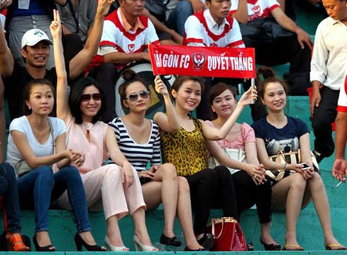 Hot girl &quot;ni lon&quot; ti V.League 2012, Bng  Vit Nam, Bng , Hot girl, v.league, bong da viet nam, becks, cdv, n.sai gon, lach tray, bao ,bong da, the thao