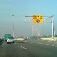 Thu phí cao tốc TPHCM-Trung Lương từ 25/2