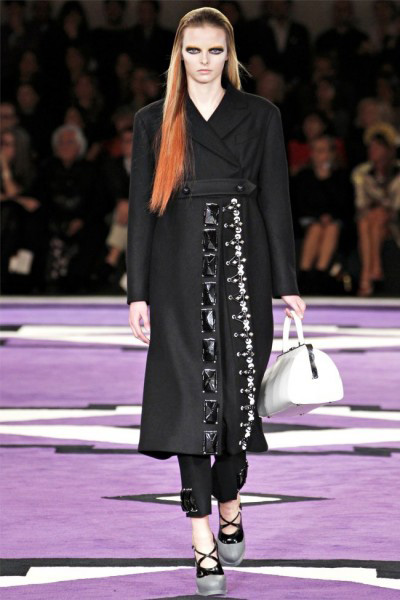 When Prada muse pride and authority period, Fashion, Prada, Fashion Week Fall Winter 2012/2013, Milan, loan prada, fashion, jacket, high heels, handbags