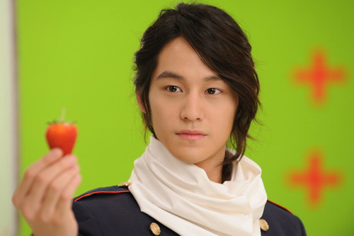 Lee Min Ho ôm người đẹp trong bão tuyết - 11