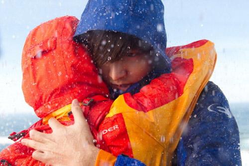 Lee Min Ho ôm người đẹp trong bão tuyết - 1