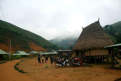 Về thăm ngôi làng xa xôi nhất xứ Quảng - 11