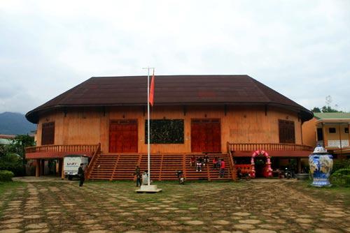 Về thăm ngôi làng xa xôi nhất xứ Quảng - 12