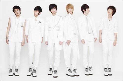 Nhóm nhạc nam lùn nhất K-Pop - 9