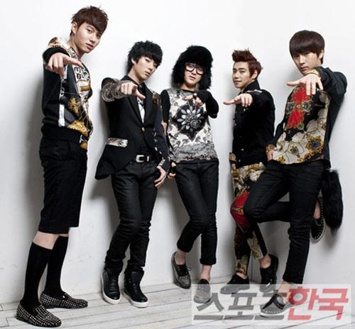 Nhóm nhạc nam lùn nhất K-Pop - 19